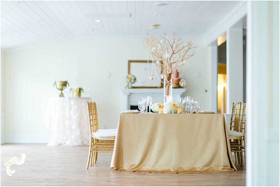 South Seas Wedding gold blush rose pink Set Free Photography Weddings by Socialites Kakes by Karen Floral Artistry