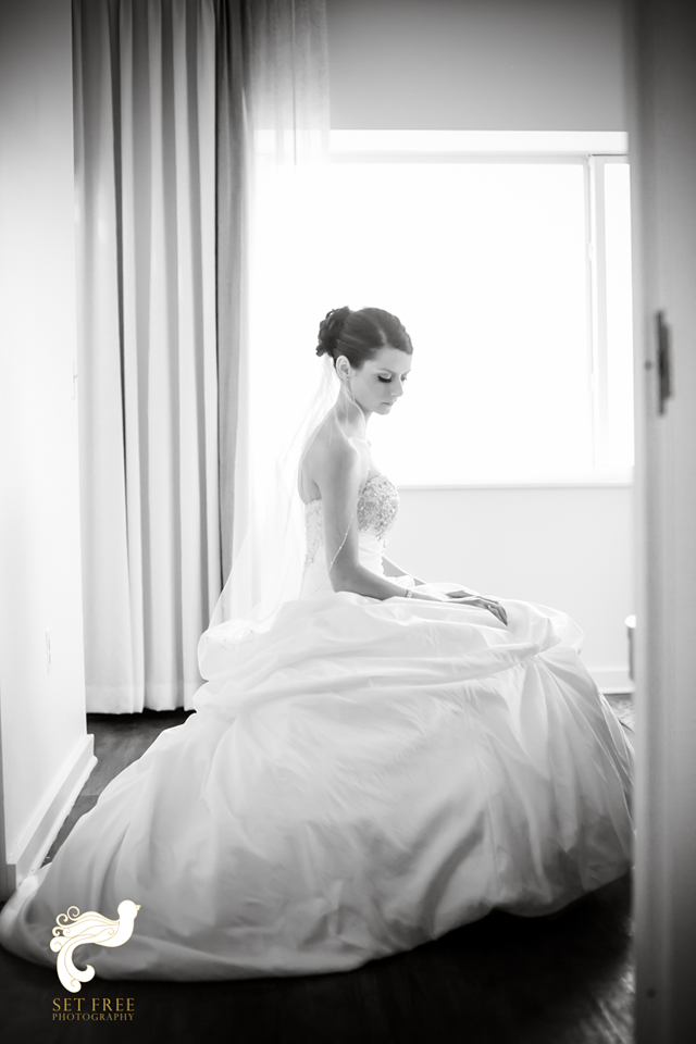 Bride Naples Wedding Photographers Set Free Photography